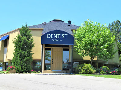 Milton Central Family Dentistry main entrance door.